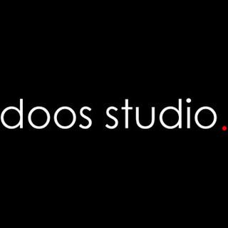 Doos Studio.